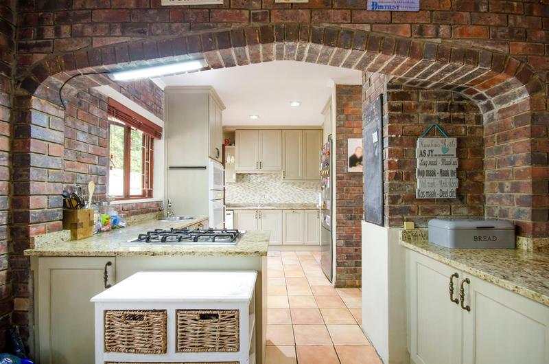 Property For Sale in Durbanville Central, Durbanville 18