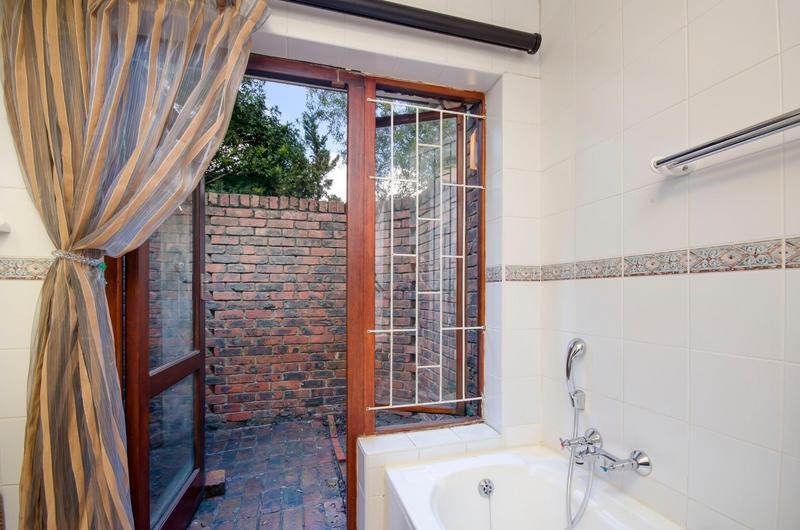 Property For Sale in Durbanville Central, Durbanville 23