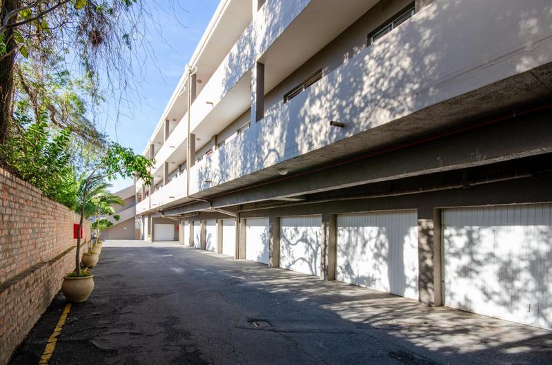 Property For Rent in Durbanville Central, Durbanville 2